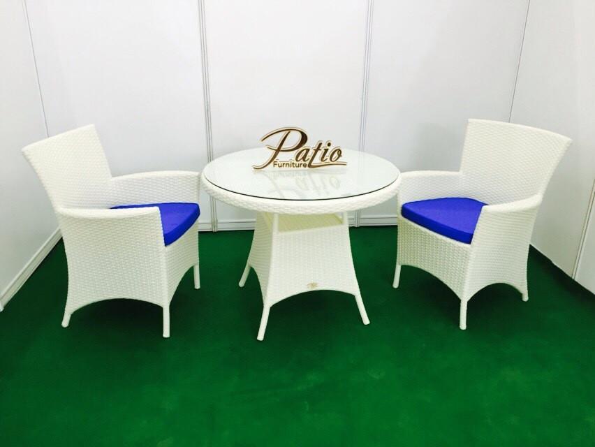 Комплект для отдыха из ротанга Patio Furniture Лион с круглым столом