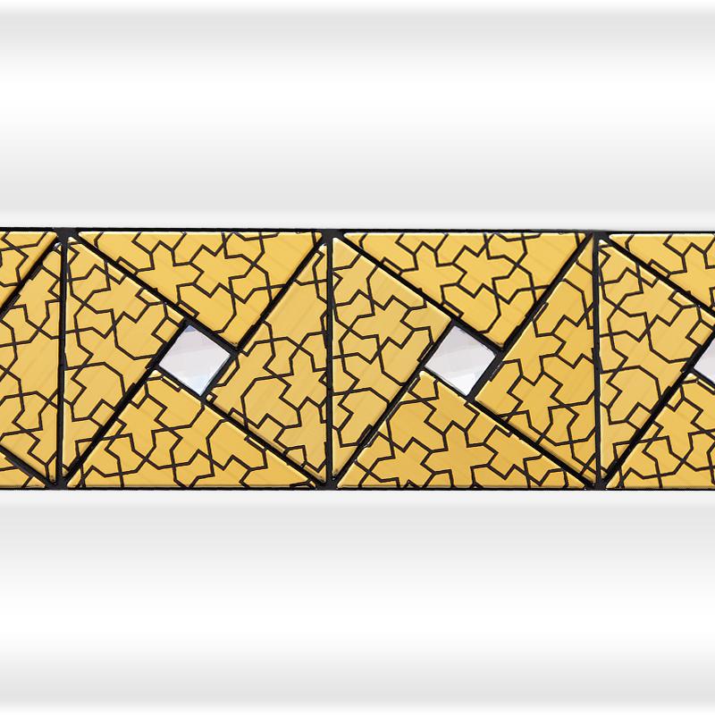 Декоративная отделка фронтальной панели: вертикальная вставка АРТ-МОЗАЙКА Gold №2